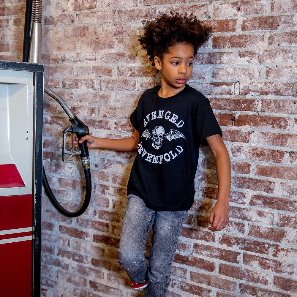 Avenged Sevenfold Logo Kids T-shirt fotoshoot