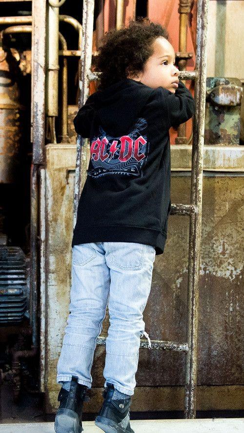 ACDC Black Ice kinder sweater-trui  fotoshoot
