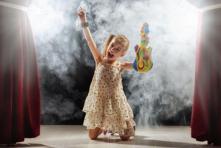 Wie machen Sie den Kindergeburtstag Ihres kleinen Rockstars zu einem unvergesslichen Event?
